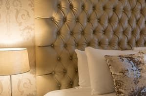 Guestroom Raheen Woods Hotel Cream Leather Headboard